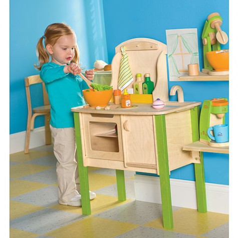 wood play kitchen | kitcheness