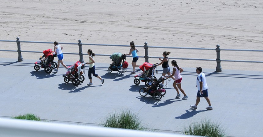 stroller moms