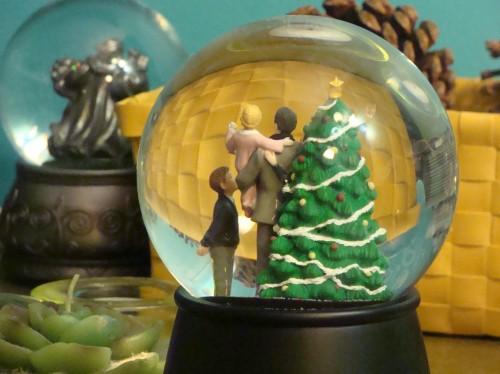 Christmas tree snow globe, family, holiday traditions