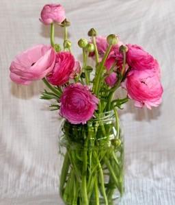 glass jar as flower vase